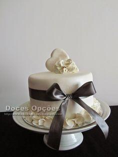 Doces Opções: Just a Simple Beautiful Cake