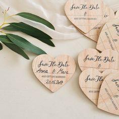 10 Holzmagnete für Save-the-dates! Jetzt neu im Shop!