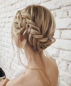 Wedding Hairstyles Medium Hair 30 Cute easy Braided Hairstyles tutorials for Short Hair Are you looking for some braided hairstyles for short hair for long hair medium hair that are easy to do? We have picked the cutest and trendiest looks for you Braided Hairstyles Tutorials, Easy Hairstyles, Wedding Hairstyles, Wedge Hairstyles, Hairstyle Ideas, Hairstyles Pictures, Everyday Hairstyles, Updo Hairstyle, Hair Ideas