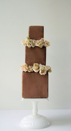 love ♥  @Martha Beeson, you have to look at this website.  these cakes are art. maggieaustincake....