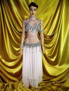 Atelier Yasmin Hassanein - Trajes para Dança do Ventre - Bellydance Costumes: Bellydance Costumes by Yasmin Hassanein / Roupas p...