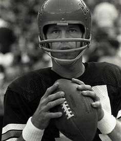 6e1b183347b Ken Anderson led the Cincinnati Bengals to a 10-2 record in 1975 before  losing