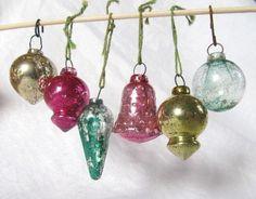 Vintage Set5 Of  6 Shabby Glass Christmas by AuntSuesVintage, $14.99