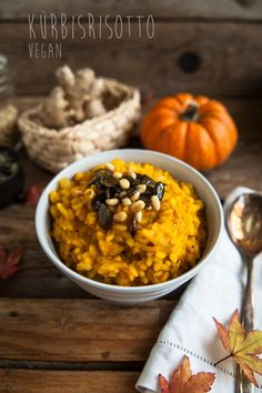 Vegan pumpkin risotto - All About Health Raw Food Recipes, Veggie Recipes, Dinner Recipes, Healthy Recipes, Yummy Recipes, Vegan Vegetarian, Vegetarian Recipes, Vegetarian Lifestyle, Pumpkin Risotto