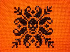 Thrilling Designing Your Own Cross Stitch Embroidery Patterns Ideas. Exhilarating Designing Your Own Cross Stitch Embroidery Patterns Ideas. Halloween Embroidery, Halloween Cross Stitches, Diy Embroidery, Cross Stitch Embroidery, Embroidery Patterns, Fall Cross Stitch, Cross Stitch Boards, Cross Stitch Skull, Perler Beads