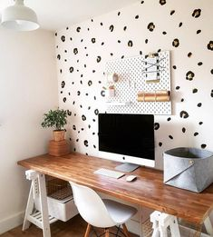 Leopard Print Design Vinyls in Black & Gold - Faux Wallpaper, Wall Decals/Stickers, Upcycling, Revamp, Interior Designs Leopard Print Bedroom, Leopard Print Wallpaper, Leopard Wall, Cheetah, Wall Stickers Girl Room, Black Wall Stickers, Wall Decals, Vinyl Decals, Gold Bedroom
