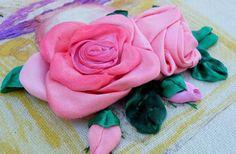 Creare una rosa con un nastro di raso