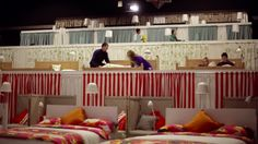 IKEA Rusia reamuebla un cine para que veas la película desde una cama http://ini.es/12y5Iym #Cine, #Habitación, #Ikea, #IkeaRusia, #Marketing
