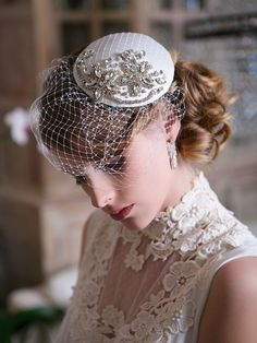 Complete your bridal look with the perfect wedding Veils; Wedding Veils Online, Wedding Veils for Bridal Headpieces, Vintage Inspired Wedding Veils Bridal Fascinator, Wedding Fascinators, Wedding Hats, Headpiece Wedding, Bridal Headpieces, Wedding Veils, Wedding Dresses, Wedding Makeup, Wedding Bride