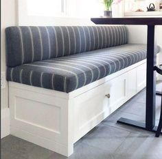 ideas bench seating kitchen fabric for 2019 Booth Seating In Kitchen, Banquette Seating In Kitchen, Kitchen Booths, Kitchen Benches, Dining Nook, Dining Chairs, Kitchen Bench With Storage, Corner Bench Seating, Dining Room Bench Seating