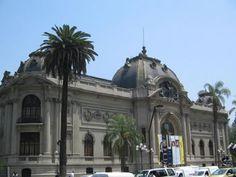 Museo Nacional de Bellas Artes SANTIAGO CHILE Santiago Chile, Mansions, House Styles, South America, Fine Art, Beautiful Places, Museums, Places To Visit, Centre