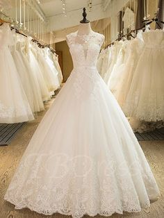 Ball Gown Appliques Beading Scoop Neck Wedding Dress Fashion girls, party dresses long dress for short Women, casual summer outfit ideas, party dresses Fashion Trends, Latest Fashion # Ball Dresses, Cute Dresses, Bridal Dresses, Beautiful Dresses, Ball Gowns, Party Dresses, Ladies Dresses, Wedding Dress Styles, Wedding Gowns