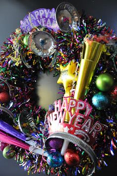 I am in LOVE with this wreath! I must make it!!!   creative sparks: Happy 2012! And New Year Resolutions for 2012!