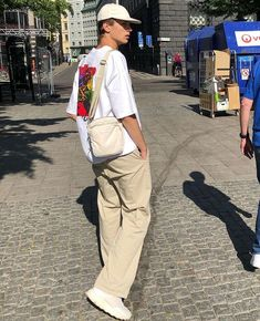 Men street styles 527413806364826634 - 35 Street Style Outfit Ideas – Source by mayasandiego Retro Outfits, Vintage Outfits, Grunge Outfits, Outfits For Boys, Cute Boy Outfits, Style Streetwear, Mens Streetwear Fashion, Vetement Fashion, Neue Outfits