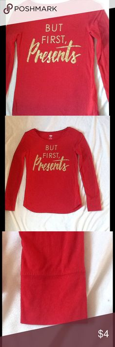 Girls' Presents Long Sleeved Graphic Tee Girls' holiday, long sleeve shirt. 100% cotton, gently used. Soft, comfortable, and cute! Works as either a pajama top or for everyday wear. Old Navy Shirts & Tops Tees - Long Sleeve