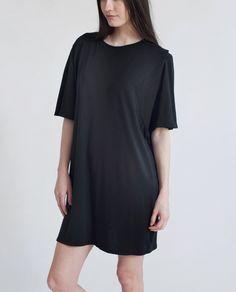 DAISY Organic Cotton Oversized Tshirt In Black