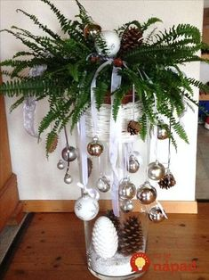 Weihnachtsdeko – All For Decoration Christmas Vases, Unique Christmas Cards, Christmas Decorations For The Home, Christmas Centerpieces, Christmas Tree Decorations, Christmas Time, Christmas Wreaths, Christmas Crafts, Holiday Decor