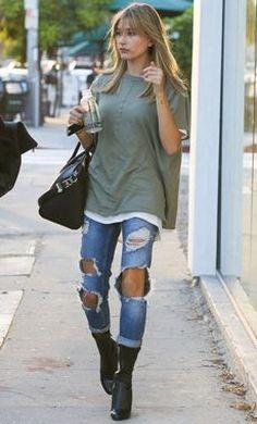 Hailey Baldwin streetwear