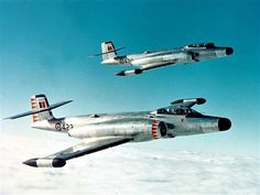 Avro Canada Canuck jets in flight (Date and location unknown) Military Jets, Military Aircraft, Aircraft Design, Aircraft Pictures, Air Force, Fighter Jets, Avro Arrow, Airplanes, Rockets