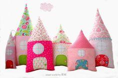 Cojines infantiles - Cojines casita - hecho a mano por Raquel-Marin en DaWanda