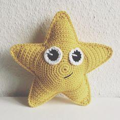 """159 synes godt om, 15 kommentarer – @mormorshaekleliv på Instagram: """"En stjernerangle⭐️ #hækle #hæklet #hækling #crochet #crocheting #crochetaddict #virkning #amigurumi…"""""""