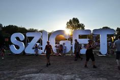 Eljutni a Szigetfesztiválra. / To go to Sziget Festival Oh The Places You'll Go, Places Ive Been, Mumford, Backpacking Europe, Media Design, Hungary, Budapest, Fangirl, Road Trip