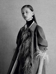 Publication: Vogue China February 2017 Model: Sara Grace Photographer: Ben Toms Fashion Editor: Robbie Spencer Hair: Mari Ohashi Make Up: Gemma Smith PART II