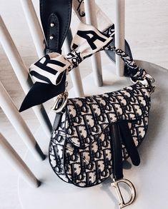 Designer Purses In Vogue Dior Saddle Bag, Saddle Bags, Dior Handbags, Purses And Handbags, Replica Handbags, Luxury Bags, Luxury Handbags, Luxury Purses, Zapatillas Louis Vuitton