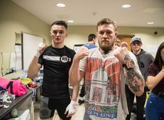 Conor Mcgregor, Ufc Boxing, Supportive Friends, Champs, Mma, Cage, Russia, Tank Man, Kickboxing Training