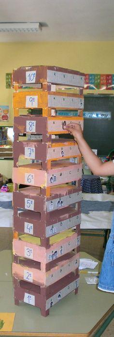 ¿En qué piso vivo? como utilizar las cajas de fresas como material en infantil¡¡¡