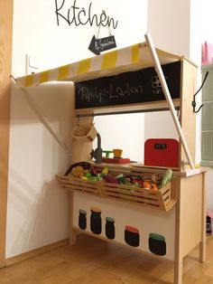 The ultimate IKEA hack, Papa builds a shop from the DUKTIG! In this tutorial, he shows how to do this step by step. Ikea-Hack: How to DUKTIG to turn your children's kitchen into a shop Ikea Kids Kitchen, Kitchen Hacks, Ikea For Kids, Play Kitchens, Hack Ikea, Kura Hack, Ikea Toys, Childrens Kitchens, Childrens Shop