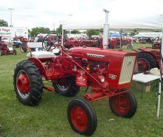 1964 Farmall 140