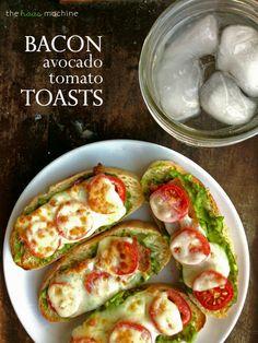 Bacon Avocado Tomato Toasts on MyRecipeMagic.com is healthy and tastes amazing! You'll love this toast.