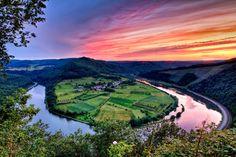 Kleine Saarschleife, Saarland, Southwestern Germany (via willkommen-in-germany)