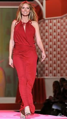 Who made Heidi Klum's red dress and shoes that she wore in the Heart Truth Red dress collection show? Shoes -Brian Atwood  Dress – John Gallian