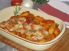 il tacchino in teglia con verdure, un secondo piatto molto gustoso, con petto di tacchino, patate pomodori e con mozzarella che darà quel tocco in più