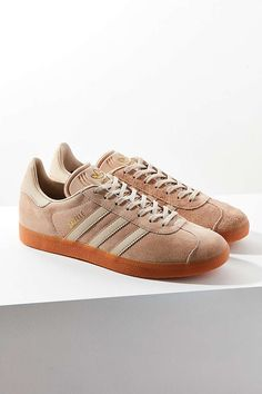 best service 3e6db 5b2fe adidas Originals Suede Gum-Sole Gazelle Sneaker
