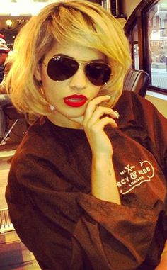 Rita Ora rocks new blond bob on Instagram!