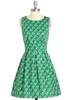 Somethin' to Flock About Dress - Mid-length, Cotton, Woven, Print with Animals, Print, Casual, Critters, Bird, Fit & Flare, Sleeveless, Spring, Summer, Green, Cutout, Exposed zipper, Pleats, Pockets