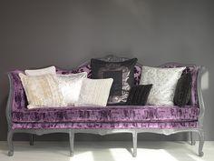 Chic Settee upholstered in 'Chivasso's Blueprint fabric'. (chivasso.com)