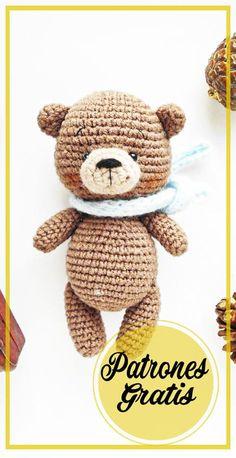 Lindo Oso de peluche amigurumi patrón gratis Crochet Teddy Bear Pattern, Crochet Patterns, Small Teddy Bears, Free Pattern, Diy Crafts, Dolls, Knitting, Amigurumi Free, Crochet Disney
