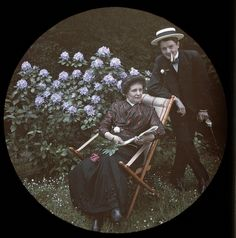 Summer Idyll, 1912-autochrome photo History Of Photography, Color Photography, Vintage Photographs, Vintage Images, Old Pictures, Old Photos, Portrait Art, Portraits, Subtractive Color