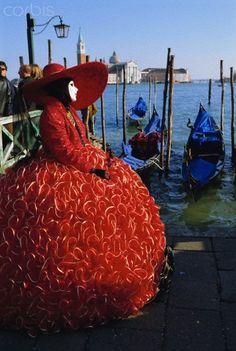 Venice Carnival, Venice, Veneto, Italy  www.SELLaBIZ.gr ΠΩΛΗΣΕΙΣ ΕΠΙΧΕΙΡΗΣΕΩΝ ΔΩΡΕΑΝ ΑΓΓΕΛΙΕΣ ΠΩΛΗΣΗΣ ΕΠΙΧΕΙΡΗΣΗΣ BUSINESS FOR SALE FREE OF CHARGE PUBLICATION