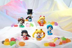 Sailor Moon Petit Chara Pretty Soldier Sammelfiguren 6 cm Make Up with Candy Sortiment