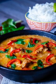 If you're a Thai food fan then a Slow Cooker Thai Red Curry is a must try - think chillis, sweetness, and buckets of flavour, all on one plate! Can be made in a crockpot too! Thai Basil Recipes, Thai Green Curry Recipes, Healthy Chicken Recipes, Rice Recipes, Oven Recipes, Healthy Dinners, Healthy Foods, Dinner Recipes, Slow Cooker Meal Prep
