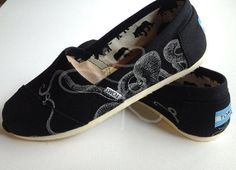 Octopus hand drawn on TOMS shoesmade to order by ArtfulSoles, $90.00