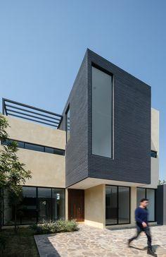 Gallery of House Nacional 135 / Espacio18 Arquitectura - 14