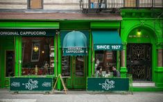 Caffè Reggio | The best historic coffee shops around the world, from Paris to Buenos Aires.