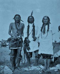 ARAPAHO MEN , 1893