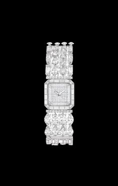 CHANEL - WATCH IN 18K WHITE GOLD AND DIAMONDS. - Overview
